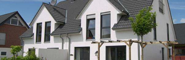 Moderne doppelh user und h user mit einliegerwohnung for Doppelhaus moderne architektur