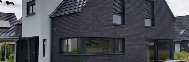 aktuelles modernes einfamilienhaus mit satteldach 3 liter haus massivhaus haus planen und. Black Bedroom Furniture Sets. Home Design Ideas